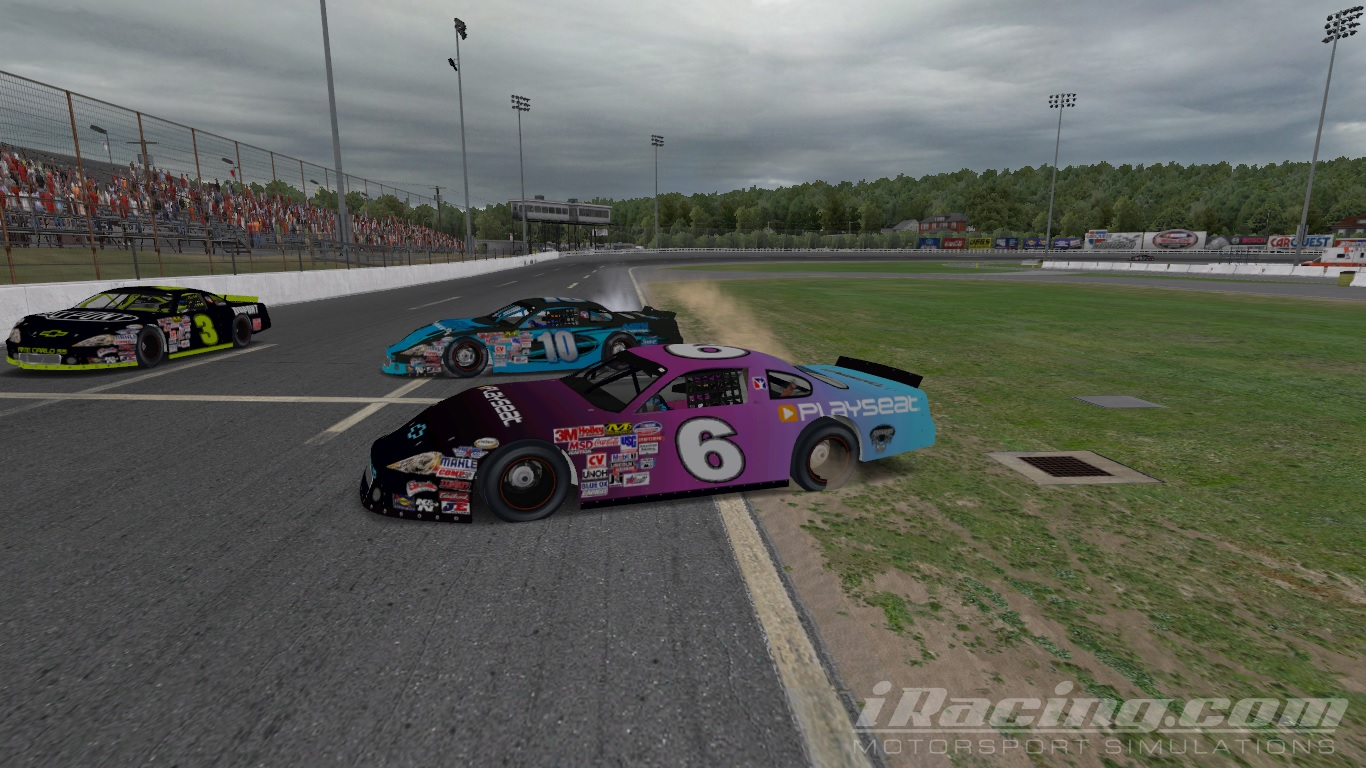 Jennifer kosten winning first iracing late model race for Charlotte motor speedway driving school